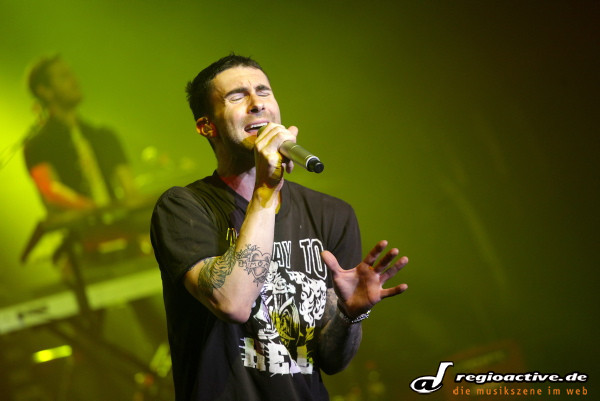"""hands all over"" - Fotos: Maroon 5 live in Offenbach am Main"